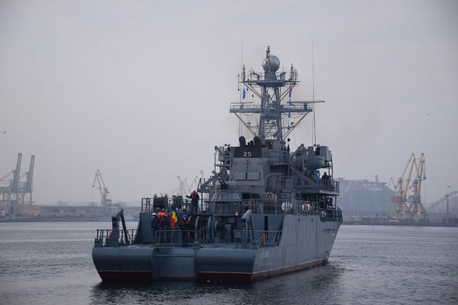 """Dragorul maritim """"Locotenent Lupu Dinescu"""" se alătură Grupării Navale Permanente a NATO SNMCMG-2"""