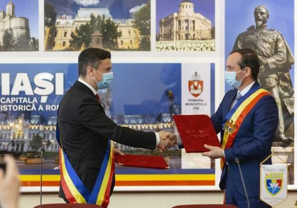Municipiile Iași și Cahul s-au înfrățit de Ziua Unirii Basarabiei cu România