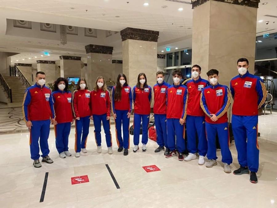 Hai, România! Cadeții și Juniorii noștri iau astăzi startul la Campionatul Mondial de Scrimă de la Cairo