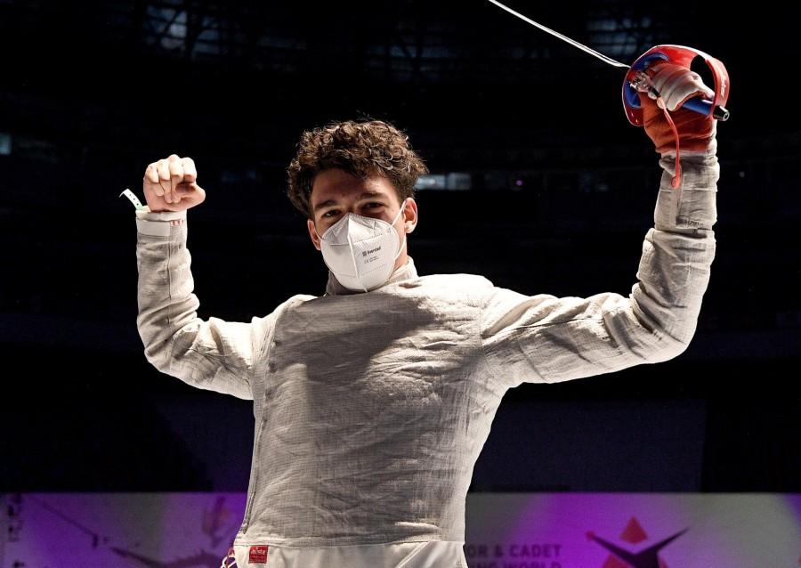 Aur pentru România la Campionatele Mondiale Juniori și Cadeți- Cairo 2021! Marco Șovar e campion mondial la sabie, cadeți!