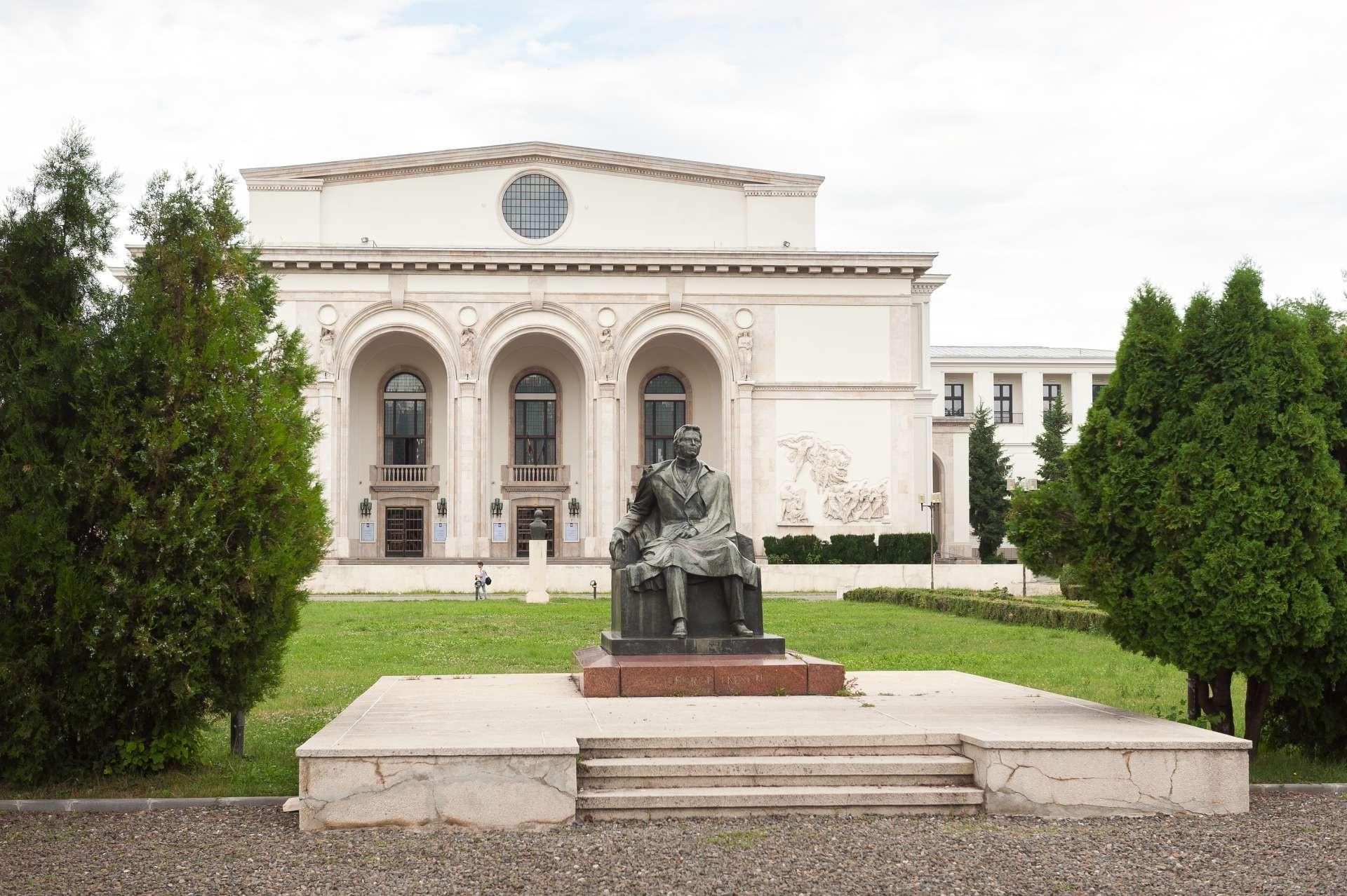 Concert dedicat memoriei victimelor COVID-19, transmis online de Opera Națională