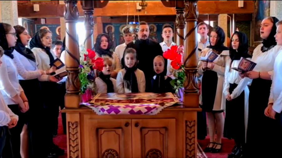 """(VIDEO) Copiii din 40 de parohii din Arhiepiscopia Aradului au cântat Prohodul, în cadrul concursului """"În mormânt, Viață"""""""