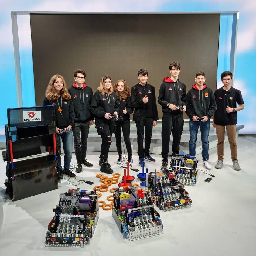 Echipa de robotică a României a câştigat aurul la Campionatul Internaţional din Rusia. Elevii, felicitați de MAE
