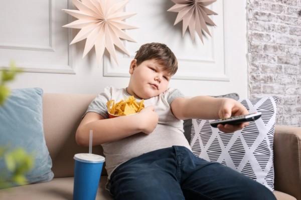 Avertisment OMS: Pandemia de COVID-19 riscă să crească obezitatea în rândul copiilor