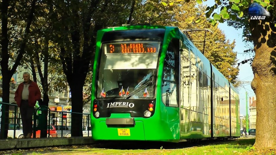 100 de tramvaie produse de Astra Arad vor ajunge în capitală. Astăzi a fost semnat contractul