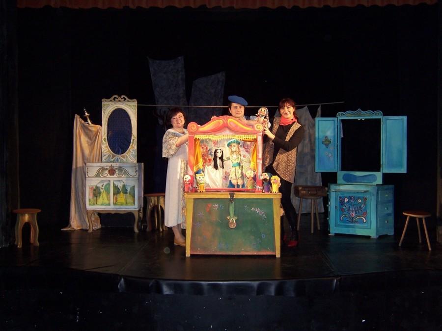 O poveste magică, o lume misterioasă și multă bucurie, pe scena Trupei Marionete