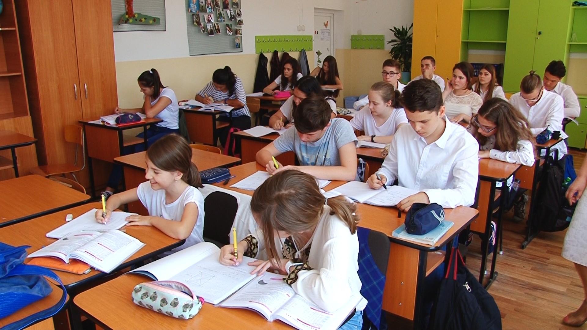 Încep înscrierile pentru Evaluarea Naţională 2021. Calendarul examenelor