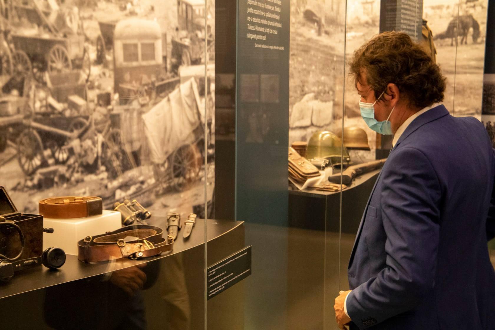 """""""România în al Doilea Război Mondial. 1941-1945"""" - expoziția verii la Muzeul Național de Istorie a României"""