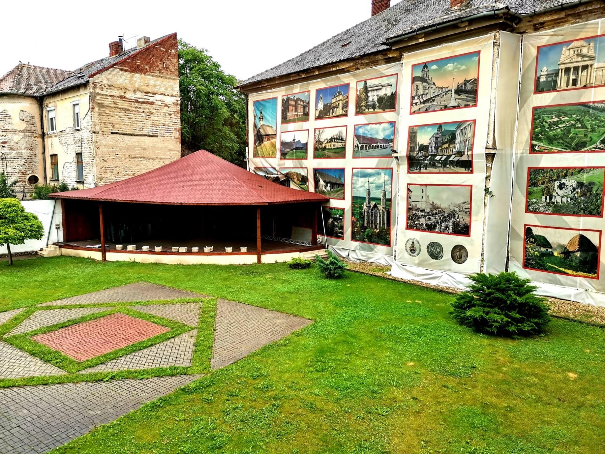 """""""Lucruri pe care le știu ca fiind adevărate"""", la Teatrul de Vară din Arad"""