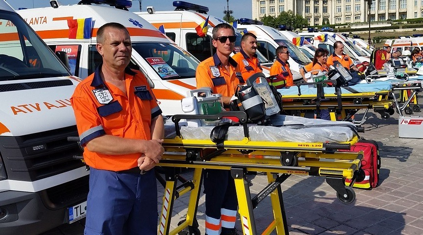 Sirenele ambulanțelor vor suna mâine în toată țara. Se împlinesc 115 ani de existenţă a Ambulanţei în România
