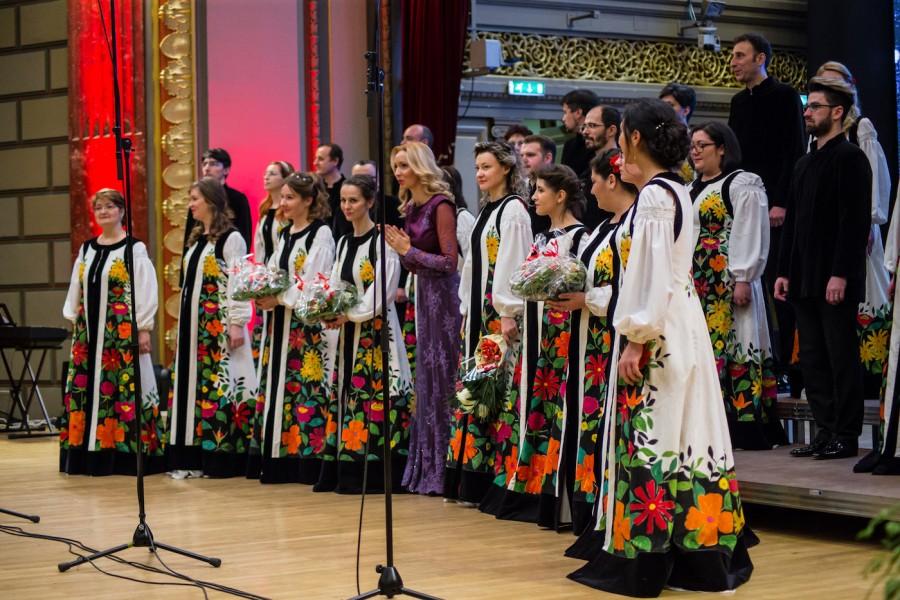 """""""Ave Maria"""" - Corul Madrigal va susține un concert extraordinar închinat sărbătorii Adormirii Maicii Domnului"""