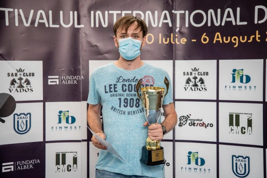 Ploieșteanul Lucian Miron a câștigat Festivalul Internaţional de Șah Arad Open 2021