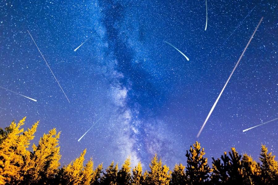 Perseide 2021: Ploaie de stele spectaculoasă în noaptea de joi spre vineri. Se pot vedea 50-60 de stele căzătoare pe oră