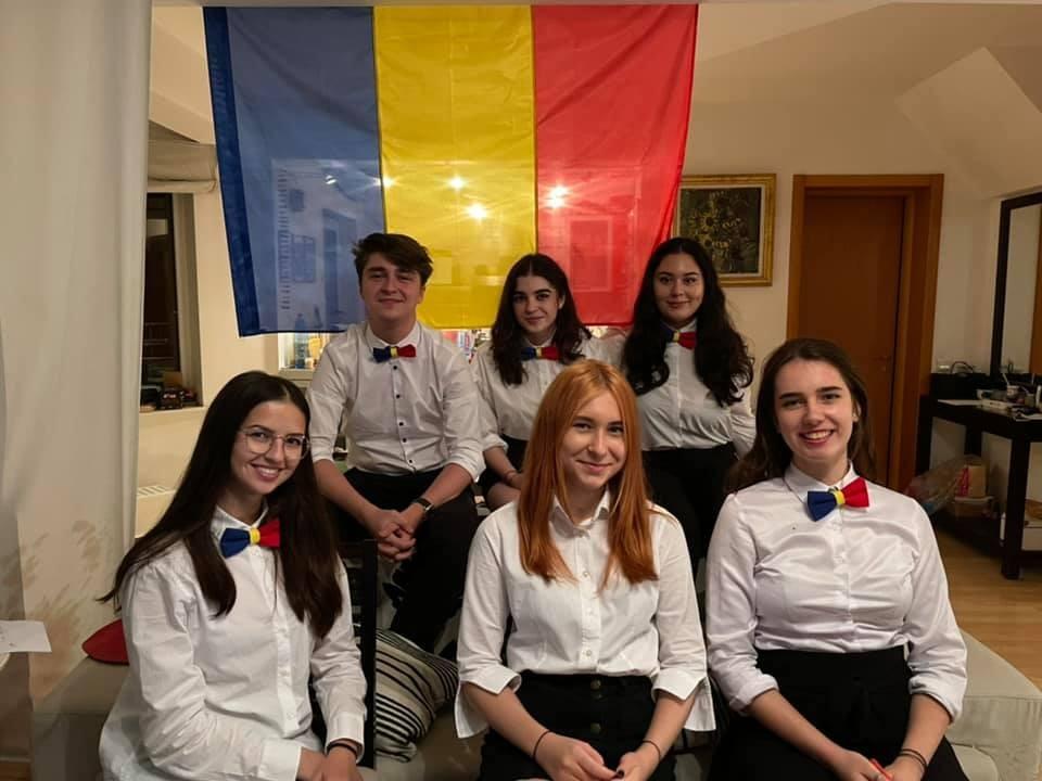 Echipa națională a României, performanță istorică la Campionatul Mondial de Dezbateri pentru Elevi: Locul 8 în lume și cea mai bună echipă vorbitoare de engleză ca limbă străină