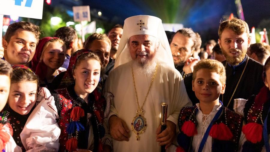 12 august - Ziua internaţională a tineretului. Rugăciunea pentru copii și tineri compusă de Patriarhul Daniel
