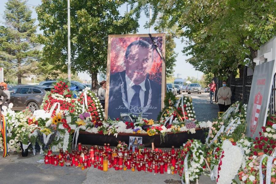 """Ivan Patzaichin, înmormântat cu onoruri militare. """"Este ireal că a putut să existe atâta glorie şi modestie într-un singur om"""""""