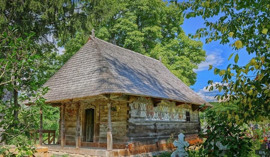 Restaurarea bisericii de lemn din Urşi, trei trofee la Premiile Europene pentru Patrimoniu