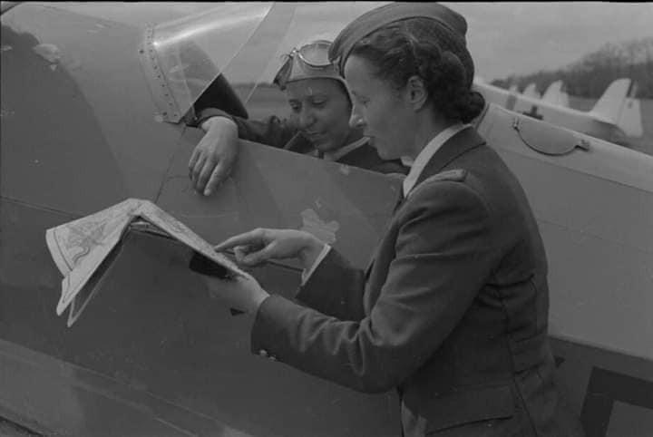 113 ani de la nașterea unei eroine uitate: aviatoarea Virginia Duțescu!