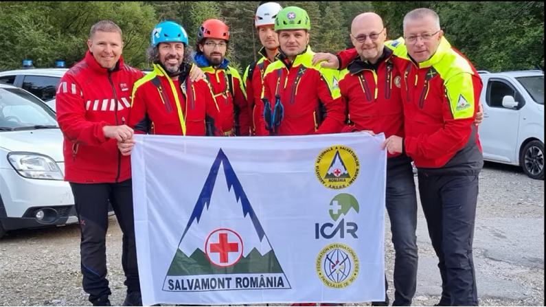 Salvamont România, locul III pe națiuni la Dolomiti Rescue Race