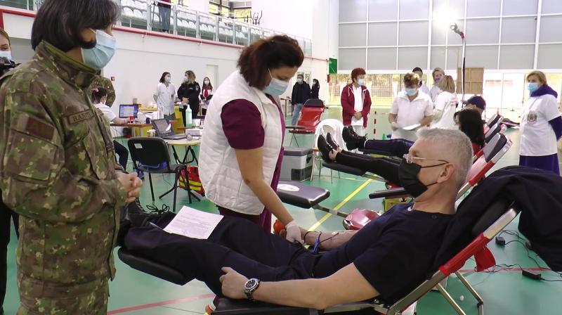 """Jandarmii din toată țara au donat 500 de litri de sânge în cadrul Campaniei """"Donează sânge, salvează o viață!"""""""