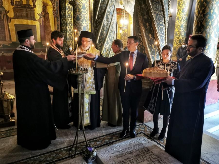 Parastas la Curtea de Argeș pentru Regele Mihai și Eroi, în prezența Principelui Nicolae al României